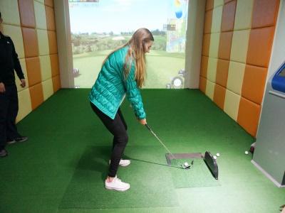青島中加學校特色課程—3D高爾夫
